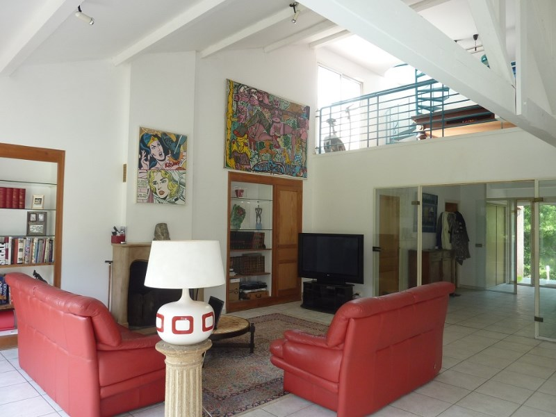 Charly vourles maison contemporaine 300 m loft 70 m for Loft agence immobiliere